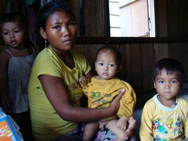 Các hủ tục lạc hậu ở Việt Nam cần loại bỏ gấp