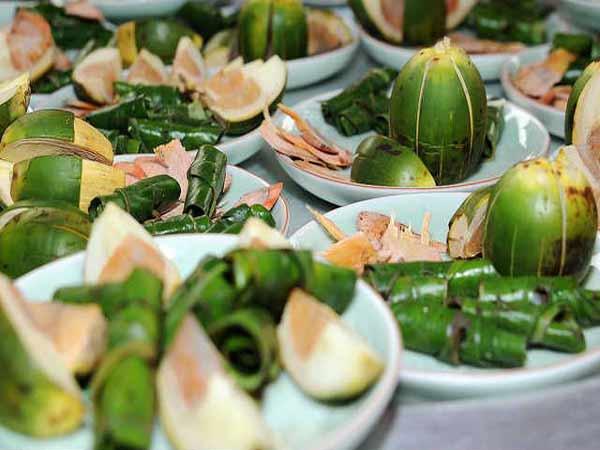 Ý nghĩa của phong tục ăn trầu của người Việt