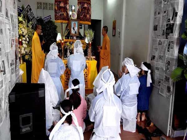 Tìm hiểu phong tục xả tang của người Việt